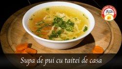 Supa de pui cu taitei de casa image