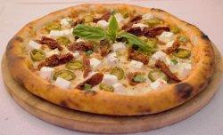Pizza cu jalapeno și brânză de capră image