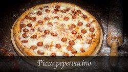 Pizza Peperoncino image