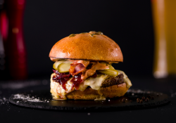 The Chef Burger + suc la alegere image