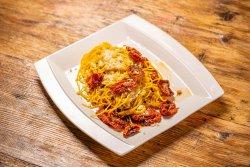 Spaghetti cu Roșii Uscate Aglio Olio e Peperoncino