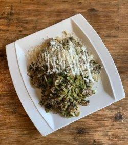 Tagliatelle cu Ciuperci șI Mix de Semințe