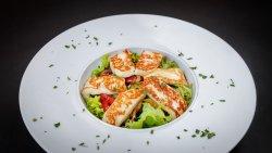 Salată cu halloumie image