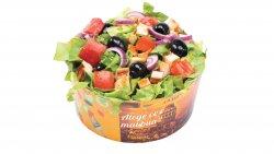 Salată mixtă cu pui image