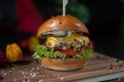 Super Cheeseburger image