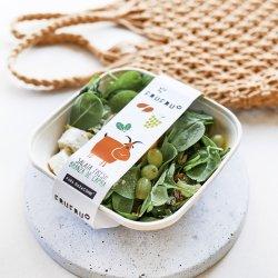 Salată cu brânză de capră și struguri image