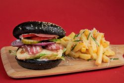 Meniu Burger Halloumi pe jar și Pancetta  image