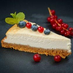 1+1 gratuit: Cheesecake cu fructe de pădure image