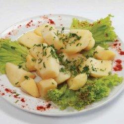 Cartofi natur / Boiled potatoes  image