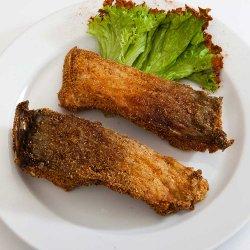 Crap prăjit cu mămăligă/Fried carp with polenta image