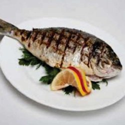Doradă la grătar/ Grilled sea bream  image