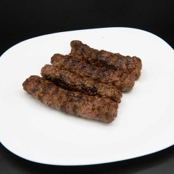 Mici/Grilled minced meat rolls