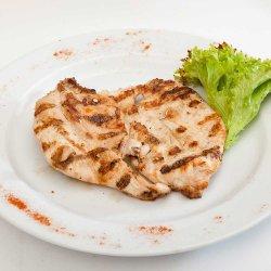 Piept de pui la grătar/Grilled chicken breast image