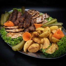 Platou cald la grătar(4 persoane)/Warm barbecue platter (4 people) image