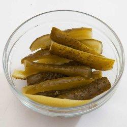 Salată de castraveți murați / Pickles salad image