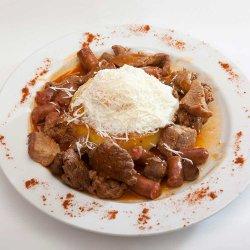 Tochitură moldovenească/Moldavian stew image