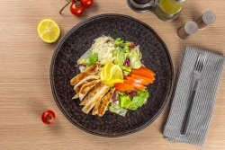 Salata de pui (380g) image