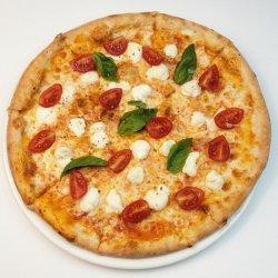 Pizza regina Margherita image