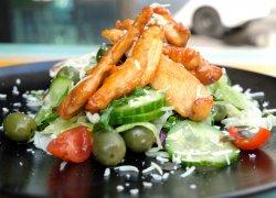 Salată dakota cu pui caramelizat image