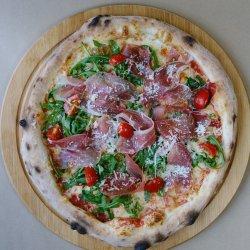 Pizza crudo e ruccola  image