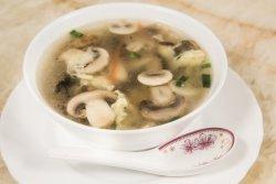 Supă de ciuperci cu pui image