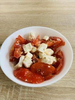 Roșii cu brânză image