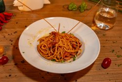 Spaghete Amatriciana