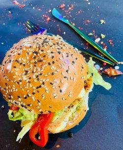 Greek Burger halloumi image