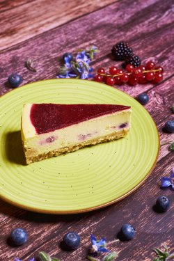 Cheessecake forest fruit image