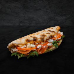 Sandwich cu prosciutto crudo image
