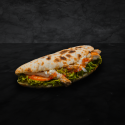 Sandwich cu piept de pui la grătar image