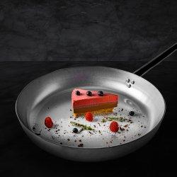 Cheesecake cu zmeură și ciocolată image
