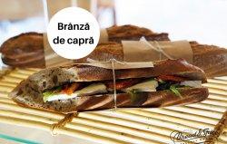 Sandwich brânză de capră image