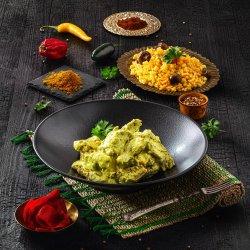 Piept de pui în sos curry image