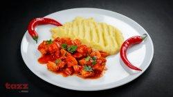 Pui cu ciuperci in sos tomat image