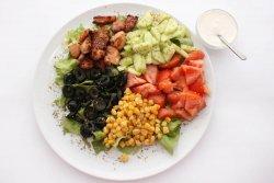 Salata cu pui si telemea