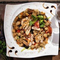 Salată de pui cu gorgonzola image