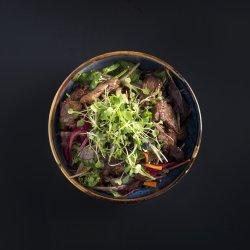 Salată cu vită Teriyaki picantă  image