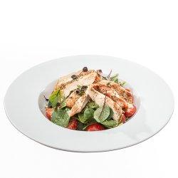 Salată cu piept de curcan, baby spanac, caju și dressing Hambar/Turkey salad with baby spinach image