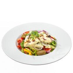 Salată cu brânză Halloumi marinată/Marinated Halloumi salad image