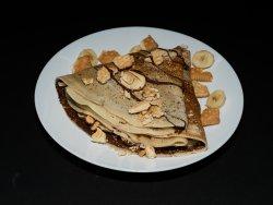 Clătită nutella, banane și biscuiți image