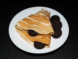 Clătită ciocolată albă și topping image