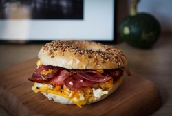 ! Recomandare - Bacon, Egg and Cheese Bagel image