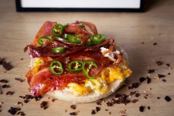 ! Recomandare - Bacon, egg, cheese, and jalapeño image