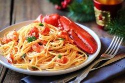 Tagliolini all'astice con pomodorini (min. 2 porții)  image