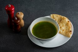 Supă verde de spanac  image