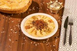 Hummus cu carne image