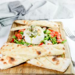 Burrata snack image
