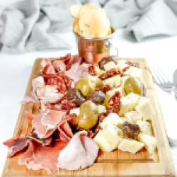 Cheese board&pastrami image