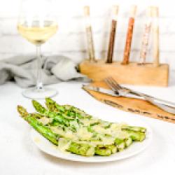 Grilled asparagus,parsley&parmesan image
